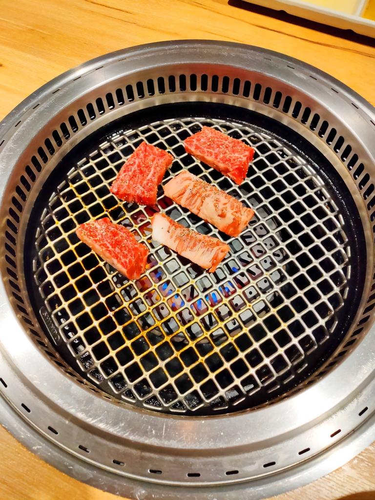 日本和牛燒烤 | 烤網 | 燒烤 | 原味吃法 | 日本 | Japan | 巡日旅行攝