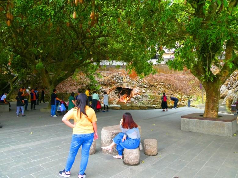水火同源觀景區 | 青い池與赤の火 | Water and Fire homogeny | Baihe District | Tainan | Wafu Taiwan | RoundtripJp