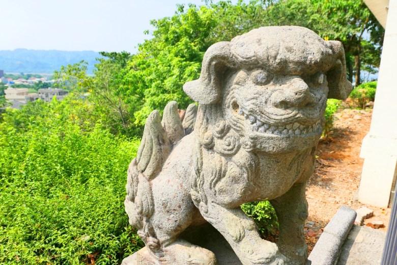 狛犬與絕美的竹山鎮山景 | 自然景緻 | 竹山 | 南投 | 臺灣 | 巡日旅行攝