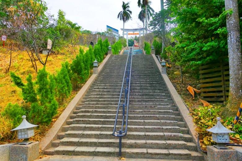 彷彿在天邊的神社 | 天梯 | 神社石階 | 神社參道 | 林內 | 雲林 | 臺灣 | 和風巡禮 | 巡日旅行攝