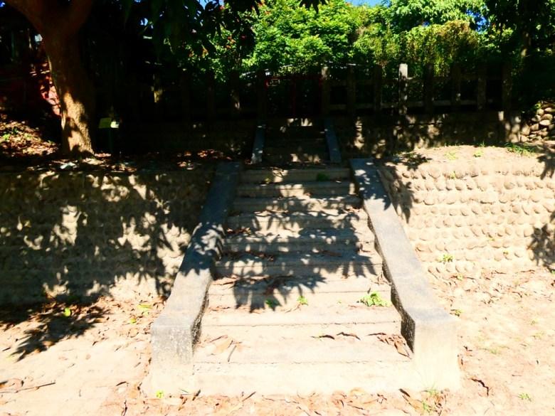 清幽環境 | 過去供奉神祉的本殿 | 大內國小校內神社遺跡 | Danei District | Tainan | 巡日旅行攝