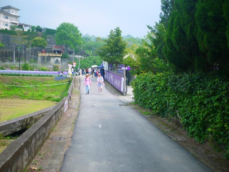 薰衣草花海入口 | 臺灣旅人 | Lavandula | 葛瑞絲香草田 | 頭屋 | 苗栗 | 一抹和風 | 巡日旅行攝