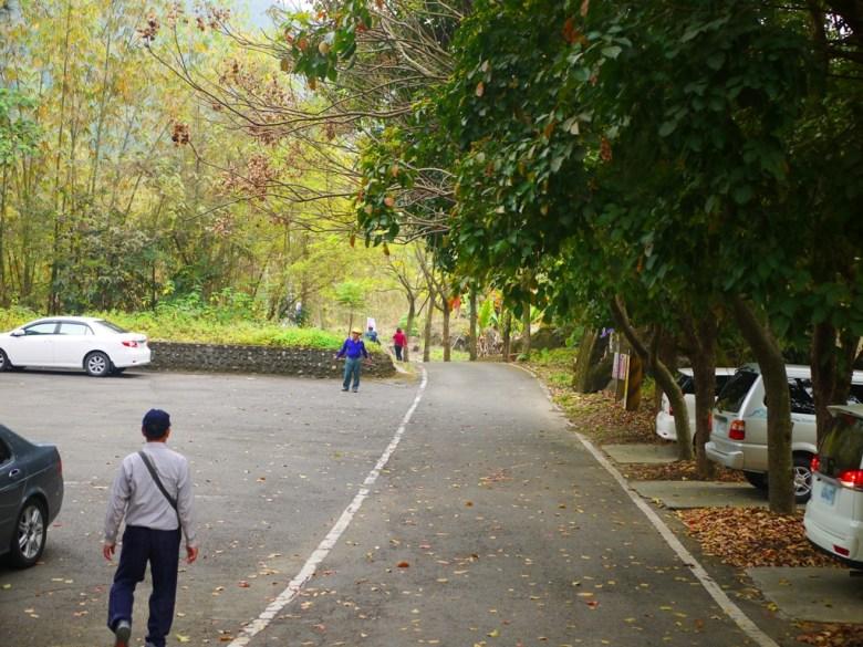 桶頭吊橋另一端   停車場   往前露營區   Takeyama   Zhushan   Nantou   RoundtripJp