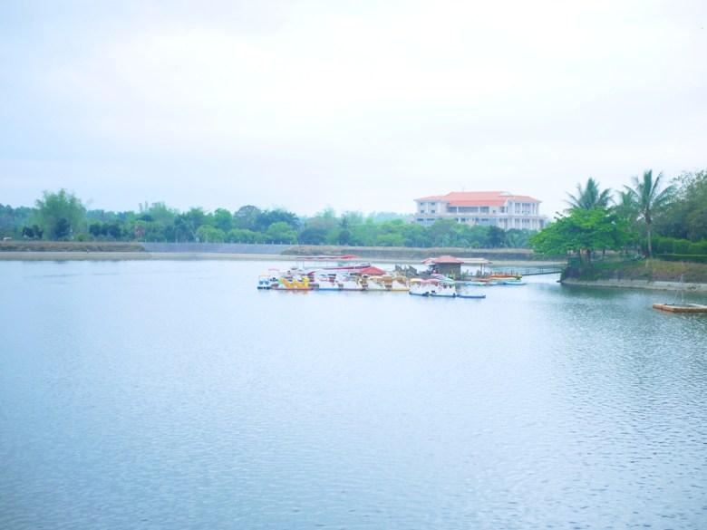 虎頭埤湖光山色 | 台灣第一水庫 | 搭船遊埤 | 虎頭埤風景區內 | 新化 | 台南 | 巡日旅行攝