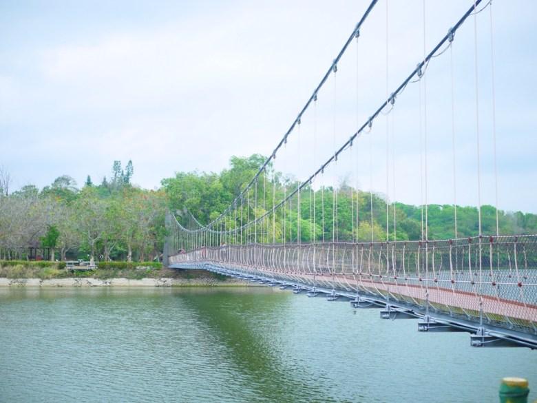虎月吊橋 | Huyue Suspension Bridge | 結緣聖地 | 情人橋 | 虎頭埤風景區內 | シンホワ | たいなんし | 巡日旅行攝
