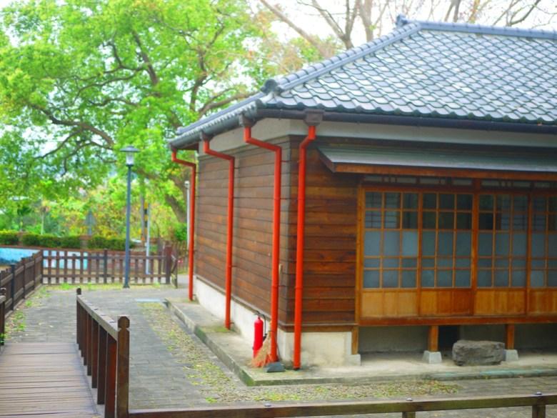 日式宿舍與木造圍欄緩坡 | 濃濃日本味 | 山城日式宿舍 | Nanzhuang | Miaoli | ナンジュアン | ミアオリー | RoundtripJp