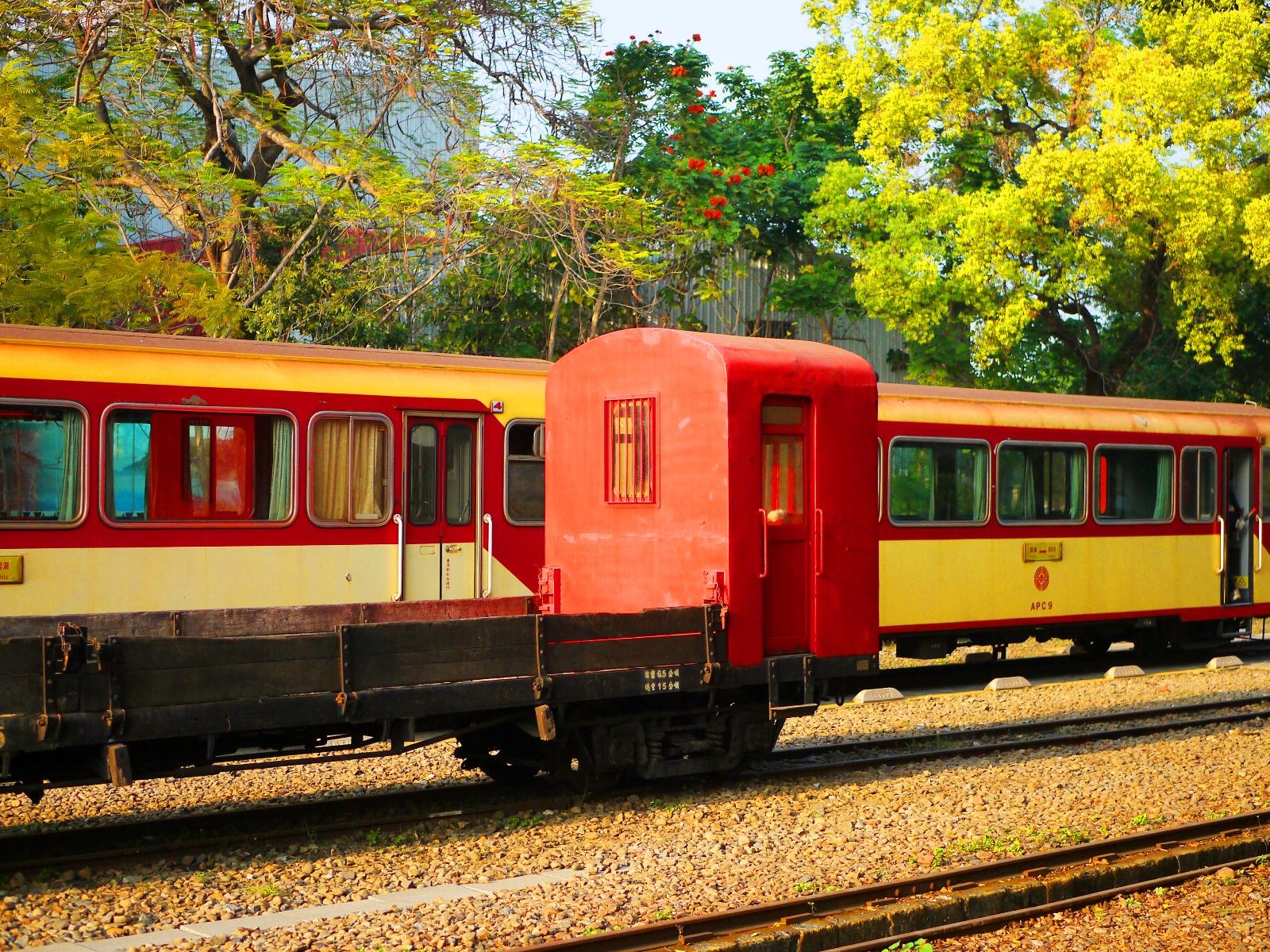 森林小火車 | 阿里山森林鐵路的起點 | 北門駅 | Alishan Forest Railway in Taiwan | とうく | かぎし | East District | Chiayi | RoundtripJp