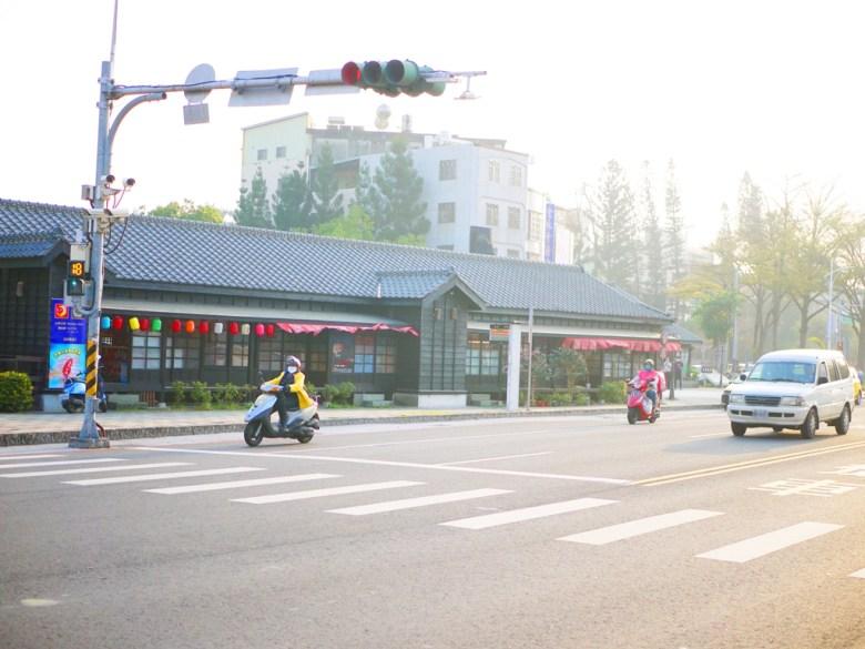 林森東路   檜意森活村主要入口旁道路   入口年輪廣場旁道路   Hinoki Village   とう-く   かぎし   RoundtripJp