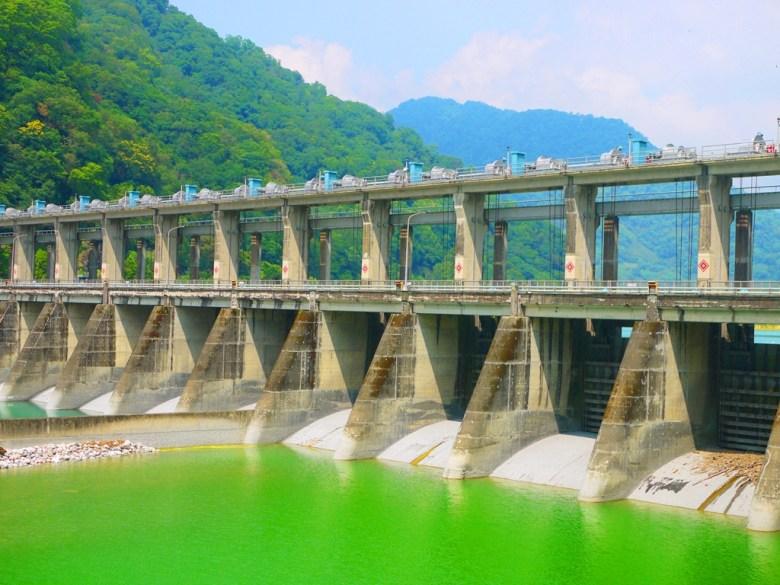 一次領略兩種夢幻水色之美 | 青&綠水色 | 夢幻青池 | タイアン | たいあん | ミアオリー | Wafu Taiwan | 巡日旅行攝 | RoundtripJp