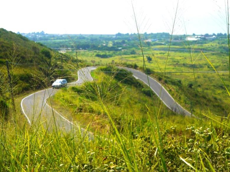 從初階版觀賞位置所看到的心形公路 | 不刻意的心形公路 | 滿滿戀愛感 | Tongxiao | Miaoli | 和風臺灣 | 巡日旅行攝 | RoundtripJp