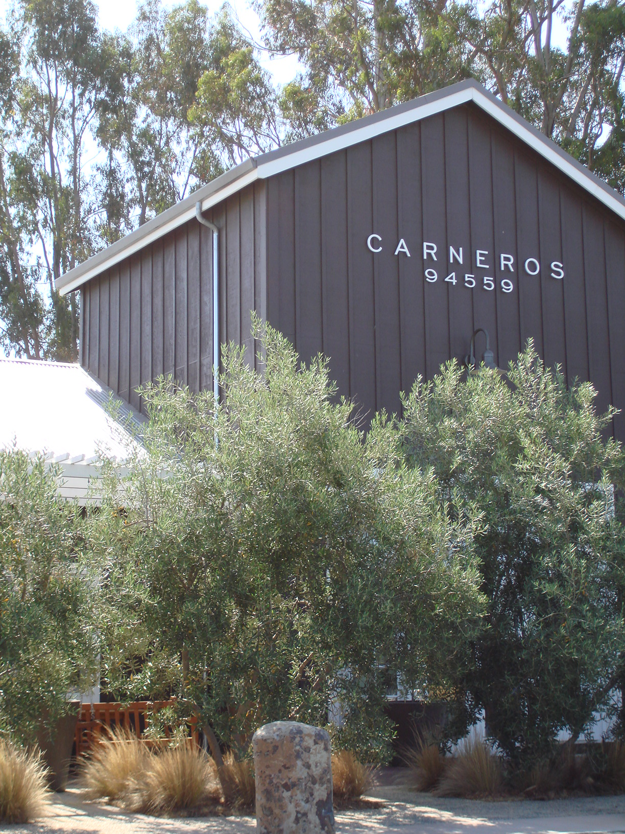 Caneros Inn