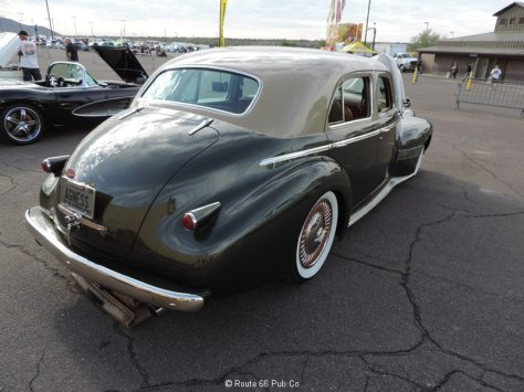 1940 Oldsmobile Right Side