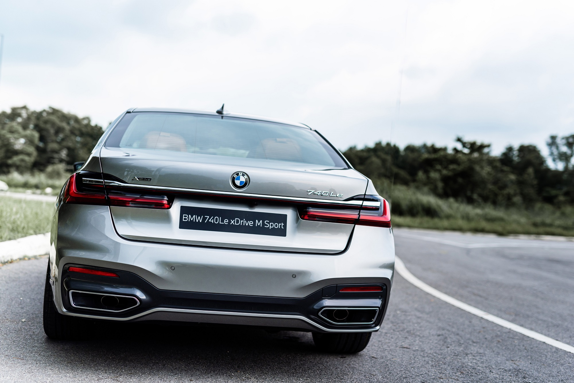 2021 BMW 740Le xDrive M-Sport : The sporty limousine or limousine with some sportiness?