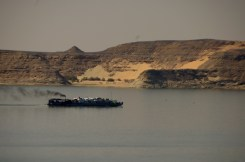 View on the Lake Nasser and..the barge, where Rusty was supossed be loaded...