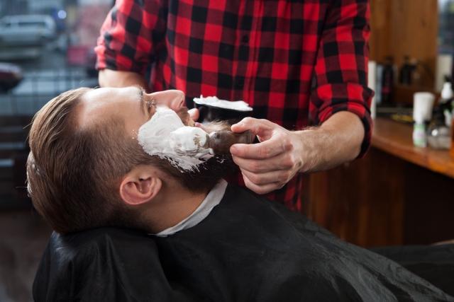 メンズスキンケア:正しいひげ剃り方法