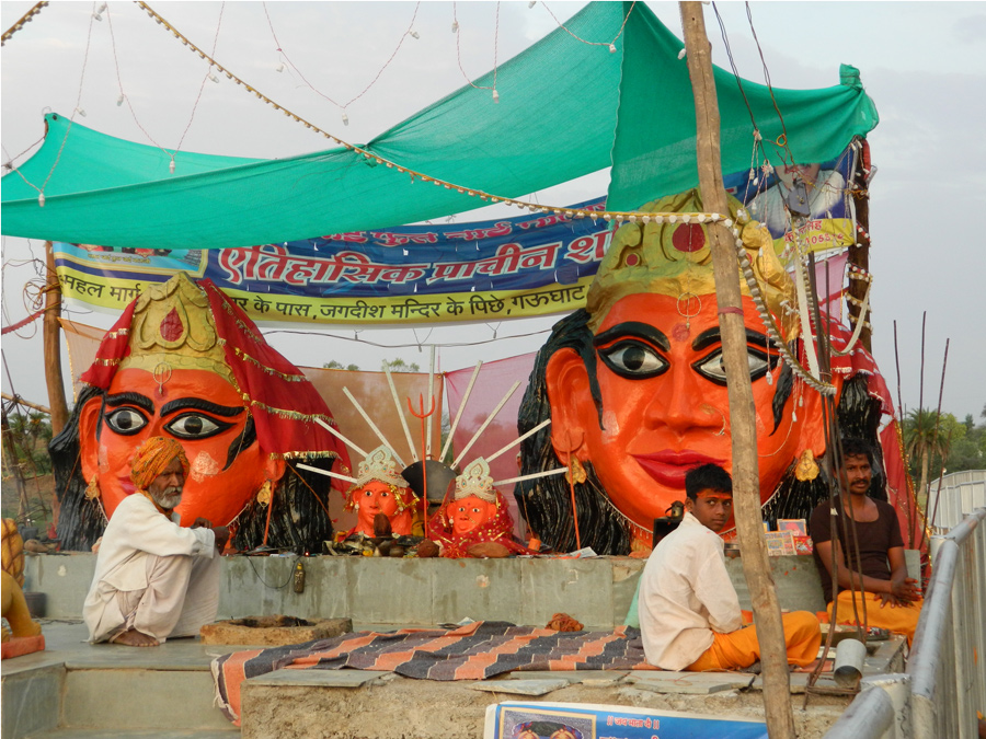 hindu godess pandal at kshipra riverbank