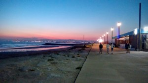 Costa de Caparica by night