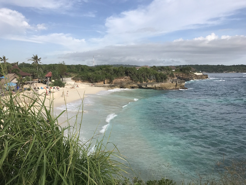 Dream Beach Nusa Lembongan and Cafe Pandan