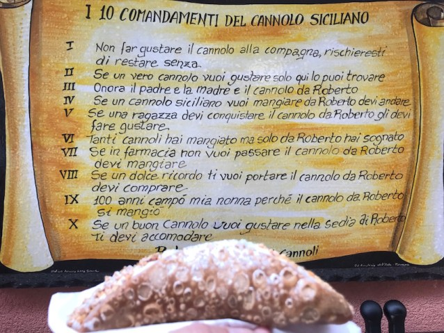 Taormina Cannoli
