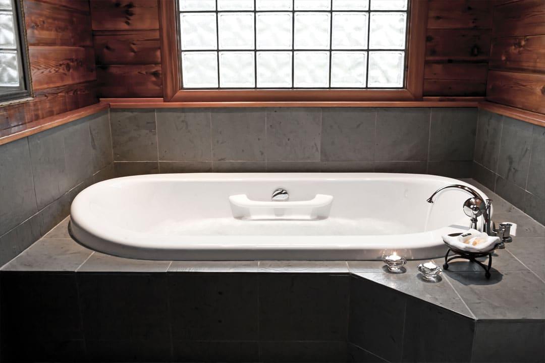 cabin-tub
