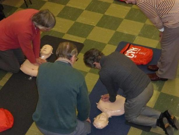 CPR training 2
