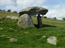 Maen y Bardd burial chamber near rowen