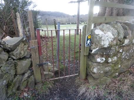 Gate at Coed Mawr, Rowen.