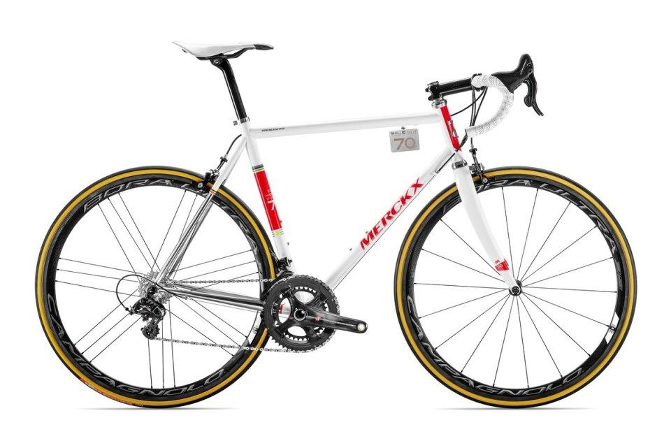 eddy70-bike-wit