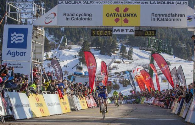 Daniel Martin na mecie etapu Volta a Catalunya