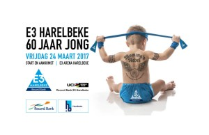Plakat wyścigu E3 Harelbeke z bobasem owijającym głowę niebieską szarfą i tatuażami na plecach.