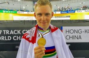 Adrian Tekliński z medalem mistrza świata