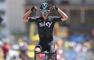 Peter Kennaugh triumfuje na Alpe d'Huez