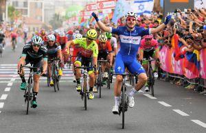 Elia Viviani wygrywa 2. etap Giro