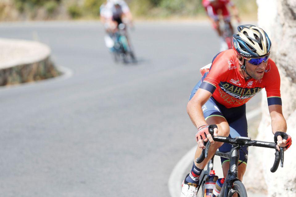 Vincenzo Nibali w akcji na trasie Vuelta a Espana