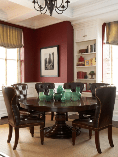 For a similar look at home try Benjamin Moore Mexicana 2172-30