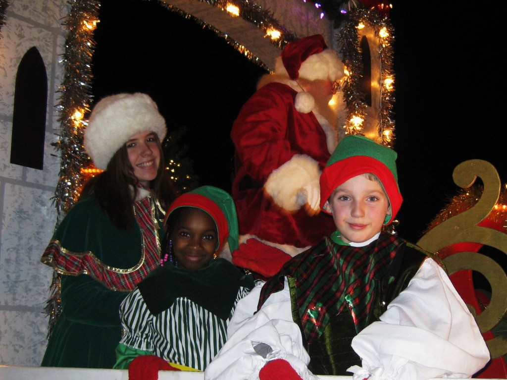 RMS Students on Santa's float