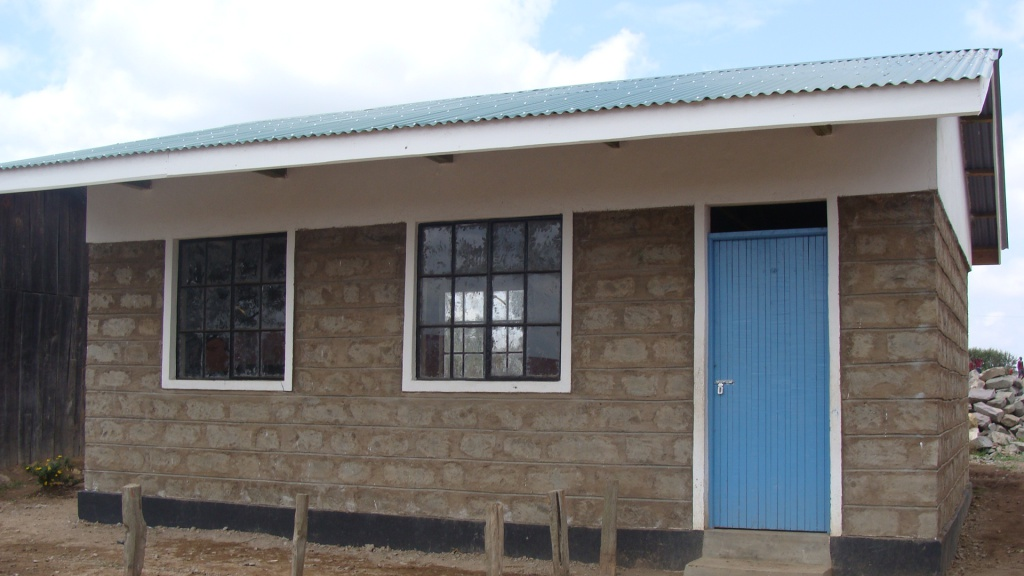 A new schoolhouse in Kipsongal