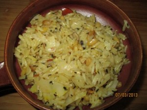 cooked rice and nuts