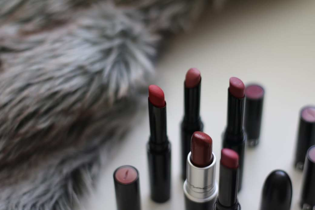 Focus on: Sephora Colo Lip Last no.19 Pure Red matte best beauty products makeup cosmetics 2016 you should buy blog roxi rose europe english top 10 top 50 popular