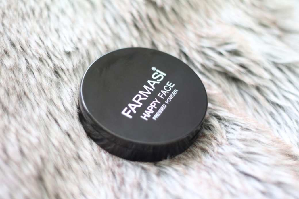 farmasi happy face 002 best beauty products makeup cosmetics 2016 you should buy blog roxi rose europe english top 10 top 50 popular