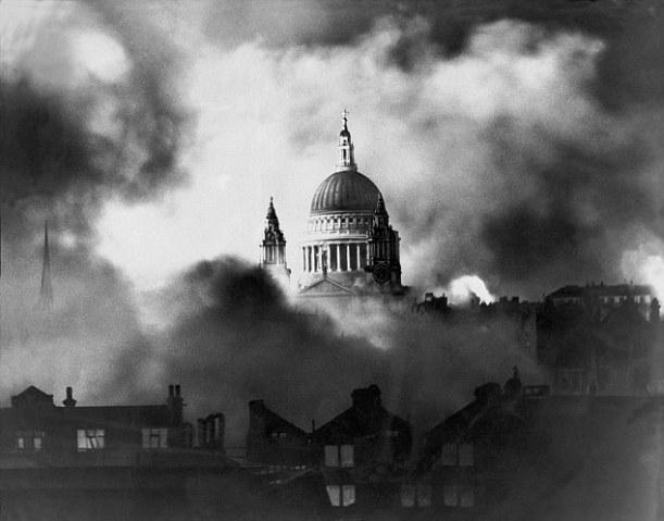 St Paul's in the Blitz