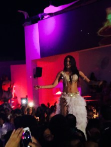 Bellydance at a club in the North Shore