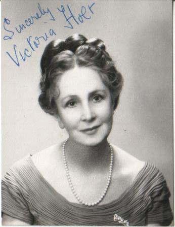 Author Photos – Jean Plaidy Philippa Carr Victoria Holt