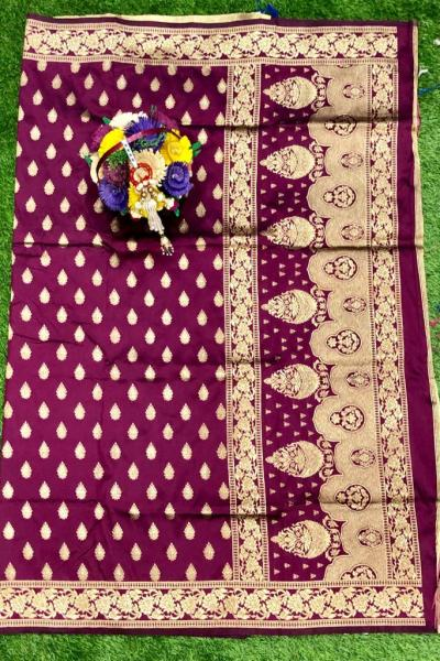 wine-banarasi-silk-weaving-jacquard-saree-with-heavy-rich-zari-pallu