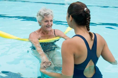 6 Benefits of Swimming for Seniors with adult nursing home