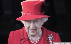 Queen's most festive Christmas style – Royal Central