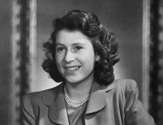 The Queen, 1943
