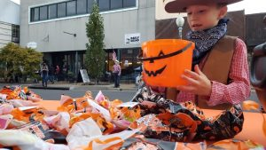 Halloween on Main Street @ White Picket Fence