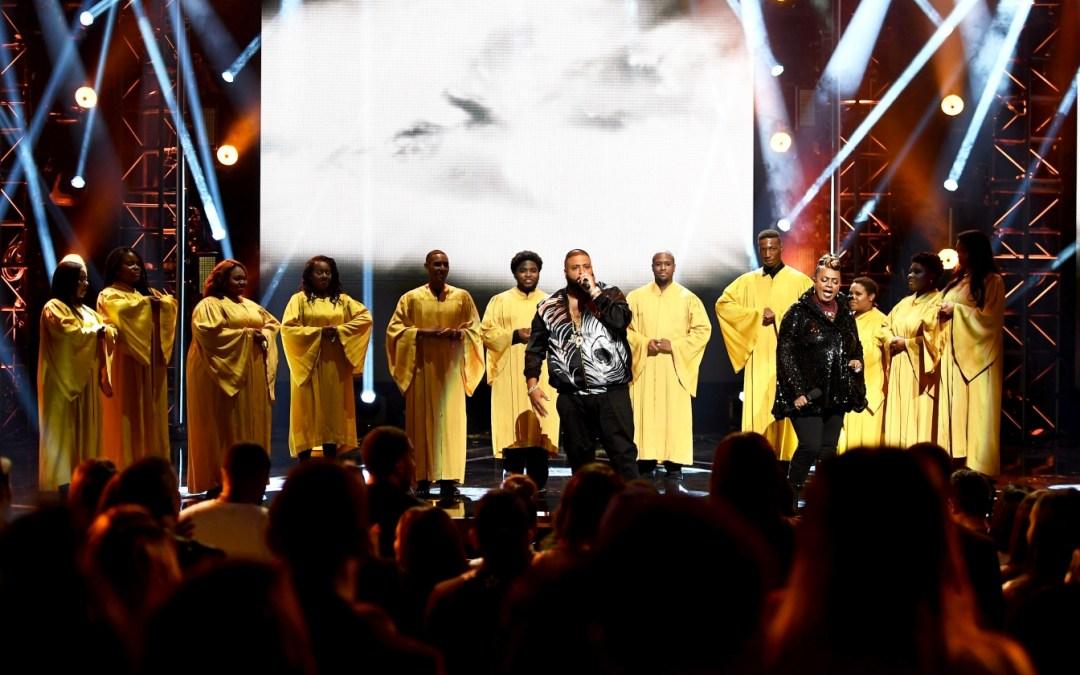"DJ Khaled – ""Holy Key"" ft Betty Wright Live at 2016 BET Hip-Hop Awards"