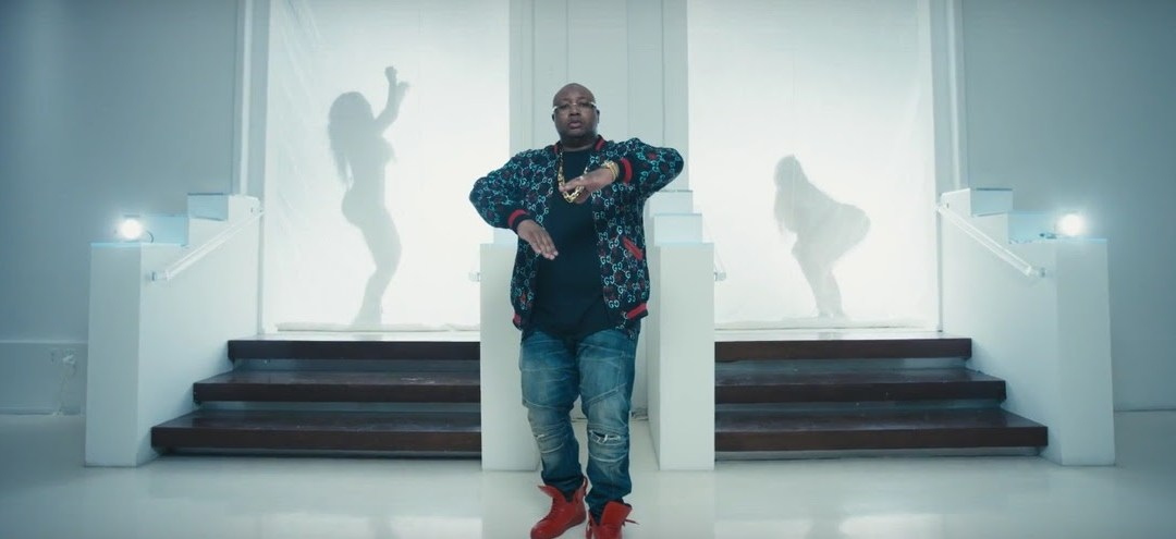 E-40 – Savage ft B-Legit and Jazze Pha